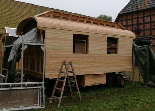 Zirkuswagen Aufbau