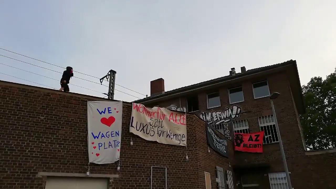 Köln-Ehrenfeld: Antifa besetzt Vogelsanger Straße 230