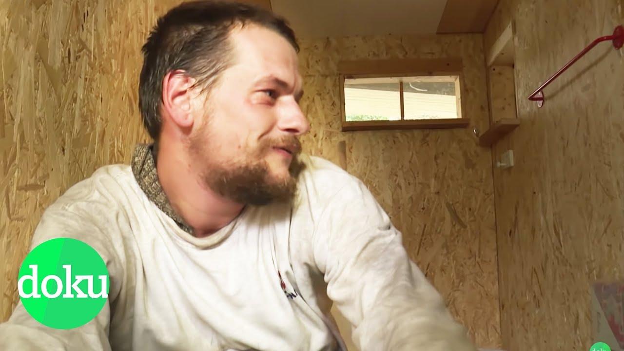 Leben auf 3,2m² - Mini-Häuser für Obdachlose | WDR Doku