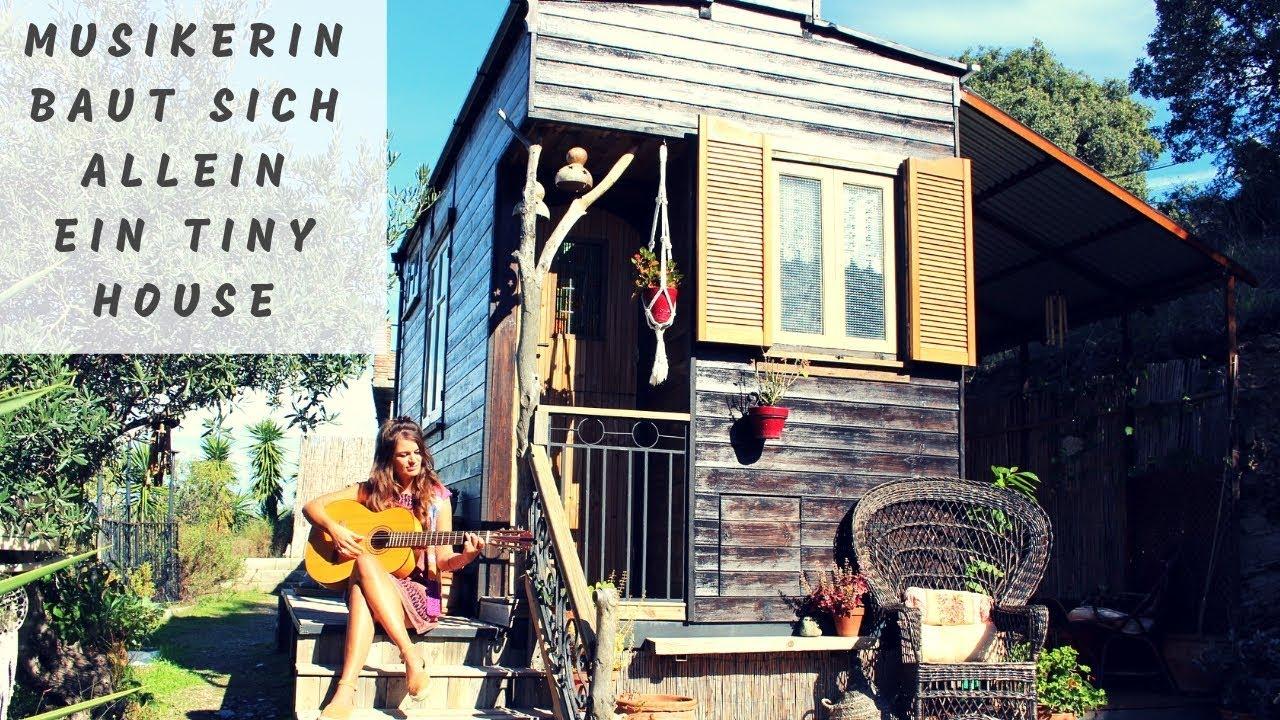 Junge Frau baut sich selbst ein Tiny House für 5.000 Euro